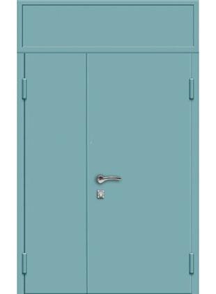 Тамбурная дверь окрас голубой